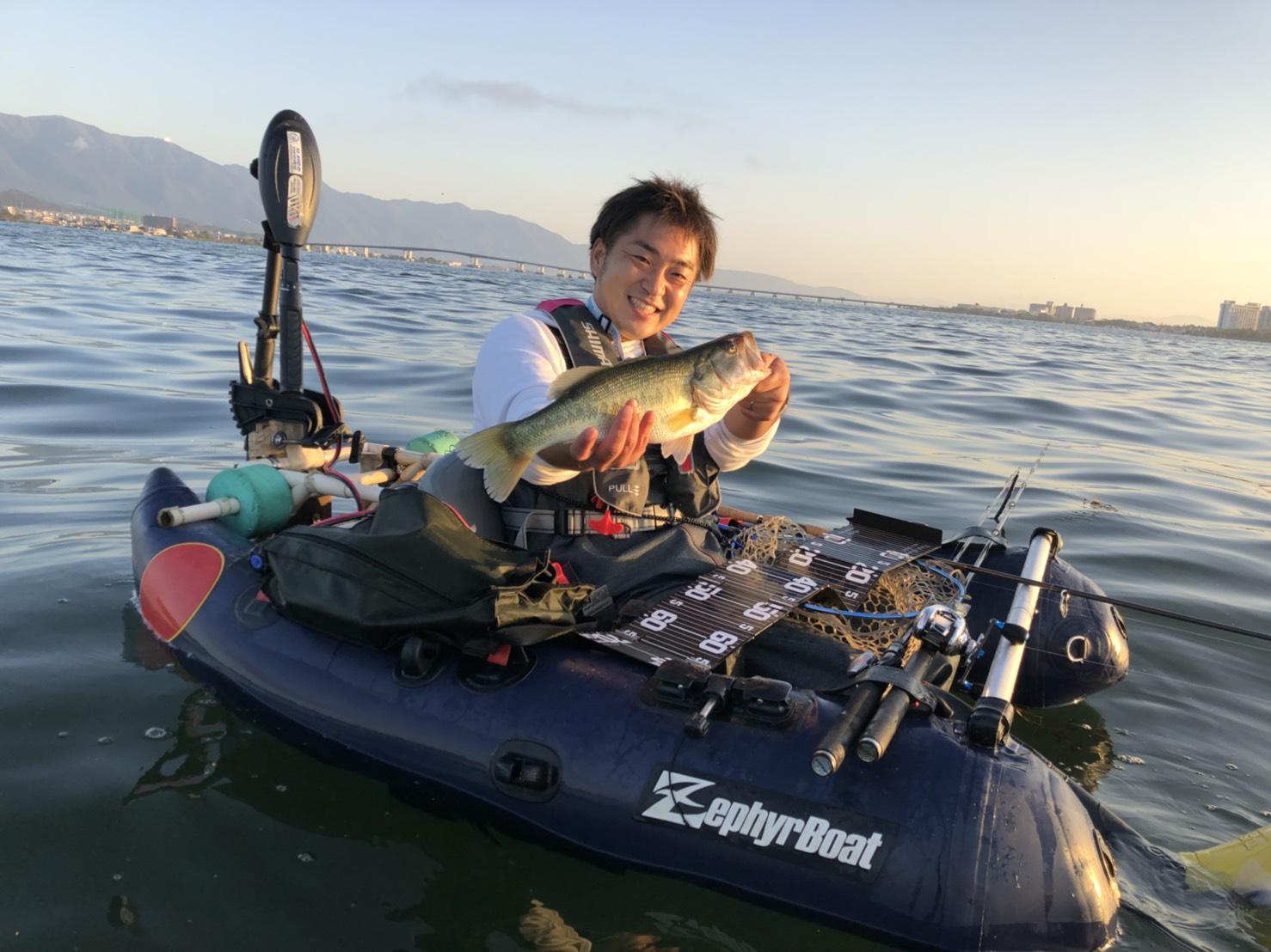 琵琶湖木浜ネコリグで釣れた40UP画像